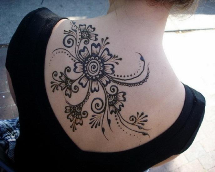 Wonderful Large Black Henna Tattoo on Back